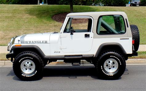 jeep convertible white 1990 jeep wrangler convertible with hardtop