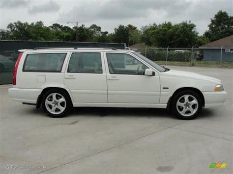 1998 Volvo V70 Awd white 1998 volvo v70 turbo awd exterior photo 48208840
