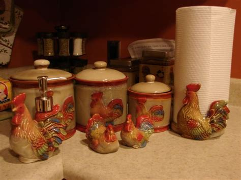 rooster accessories for the kitchen 133 best images about rooster canisters on set 7807