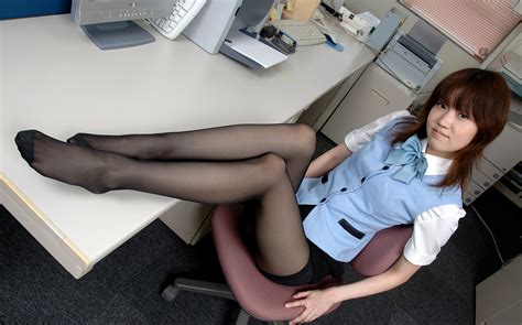 Japanese Office Lady Lesbian