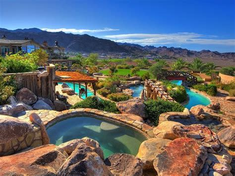 Water Park In Backyard by Mansion With A Water Park In The Backyard Neatorama