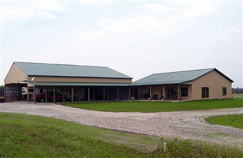 ottawa ks stablearena  living quarters building