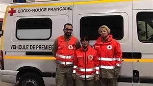Croix Rouge Montrouge : trois secouristes de la croix rouge en renfort paris journal l 39 ardennais abonn ~ Medecine-chirurgie-esthetiques.com Avis de Voitures