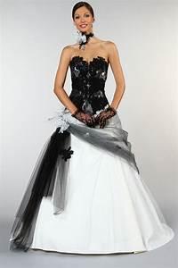 Robe De Mariée Noire : un mariage en couleurs le blog monfairepart ~ Dallasstarsshop.com Idées de Décoration