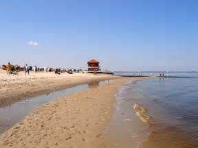 brautkleider fã r den strand hooksiel strand hafen und hooksmeer ferienhaus fewo an der nordsee
