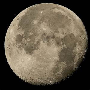 international-space-station-transit-moon.jpg?1438637741