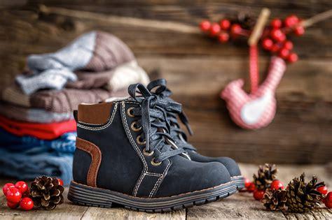 Bērnu apavi ziemas sezonai - kā izvēlēties, tos nepiemērot?
