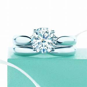 Tiffany Ring Verlobung : tiffany harmony round brilliant engagement ring in platinum tiffanny collection schmuck ~ Orissabook.com Haus und Dekorationen