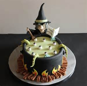 Witch cauldron cake  S E A S O N A L  Pinterest