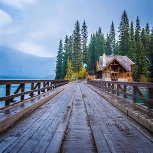 Emerald Lake Yoho National Park Lodge Canada