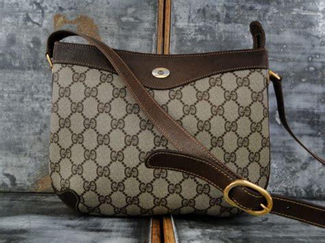 gucci vintage brown gg monogram shoulder crossbody bag