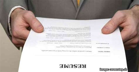 Common Mistakes Made On Resumes by 10 Common Resume Mistakes That Seekers Often Make