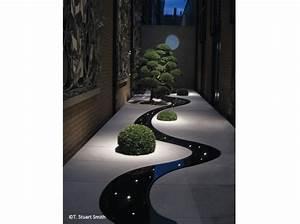 Emejing Decoration Jardin Nuit Ideas Antoniogarcia Info ...