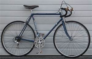 "56cm TREK Vintage Road Bike ~5'9""-6'0"""