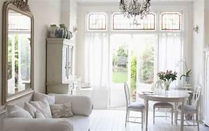 Wohnung einrichten im british style cottage kolonial for Balkon teppich mit tapeten englischer stil
