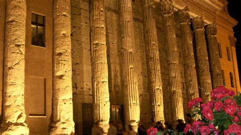 roma spettacolo  luci  suoni  accende il tempio