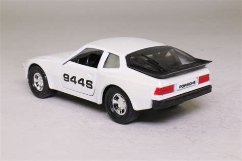matchbox porsche 944 matchbox superkings k 98 2 porsche 944s pearl white