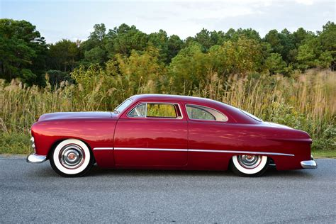 This Ford Custom Relives The Past With Perfect