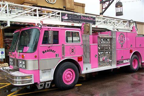 Pink Heals Fire Truck Parada Del Sol Scottsdale Flickr