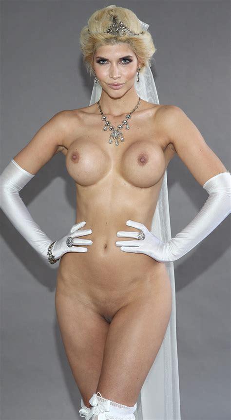 Micaela Sch Fer Nude Hot Photos Thefappening
