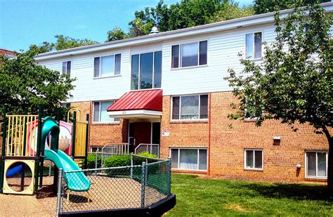 cherry hill 2 bedroom rental at 1118 cherry hill road