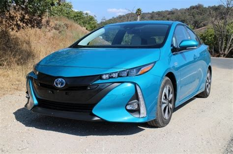 Hybrid And Electric Cars 2016 by Best Deals On In Hybrid And Electric Cars For May