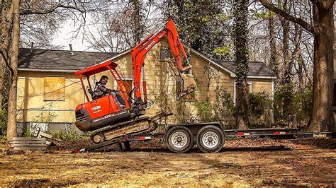 loading kubota mini excavator  trailer hd youtube