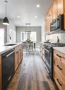 Contemporary, Kitchen, With, Natural, Wood, Cabinets