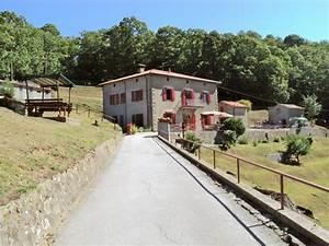Ferienhaus Italien Kaufen : grundst ck toskana vom wohnhaus ferienhaus in barga lucca ~ Lizthompson.info Haus und Dekorationen