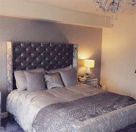 Silver Bedroom Inspo by Silver Grey Crushed Velvet Bedroom Fabulousness Velvet