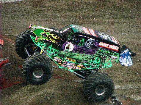 monster truck shows in florida monster jam raymond james stadium ta fl 227