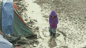 Court rejects child refugees challenge – Channel 4 News