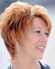 modele coupe cheveux court coupe de cheveux court dégradé femme