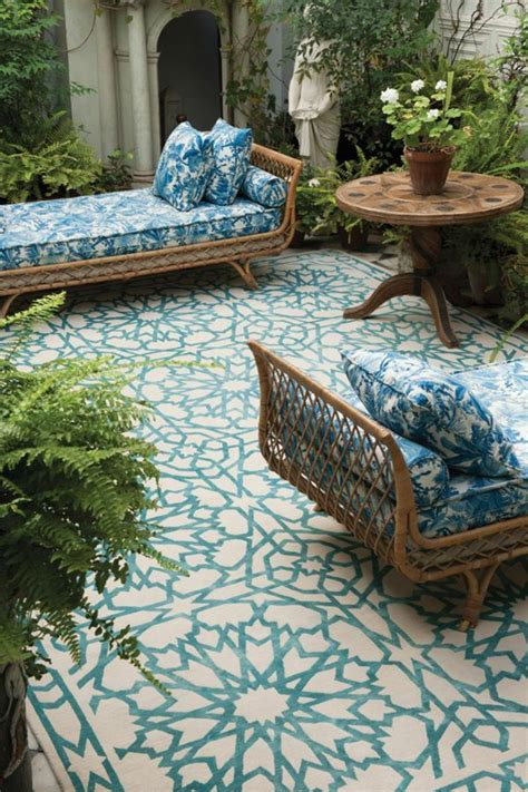 canape cuir bleu ciel le canapé marocain qui va bien avec votre salon