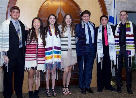 coming    jewish community warmly embracing
