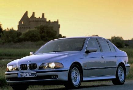bmw  series  history  specifications