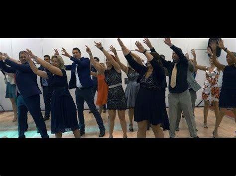 hochzeit flashmob happy pharrell williams youtube