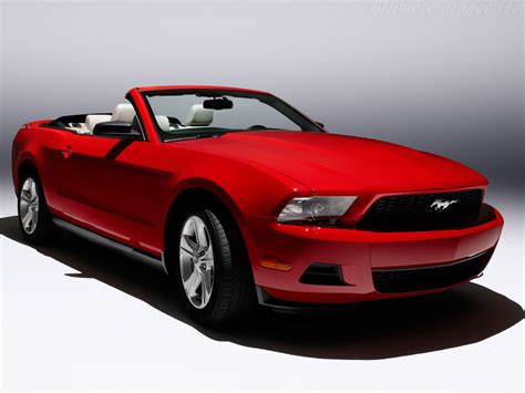 mustang gt convertible images ford mustang gt convertible high resolution image 5 of 12