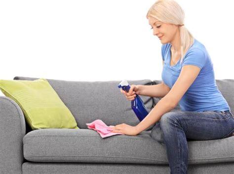 comment renover un canapé nettoyer un canapé tissu tout pratique