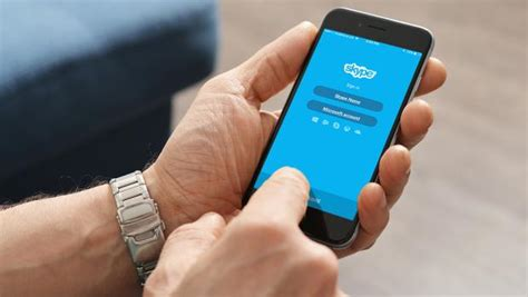 skype for smartphones how to set up a skype chat on your smartphone