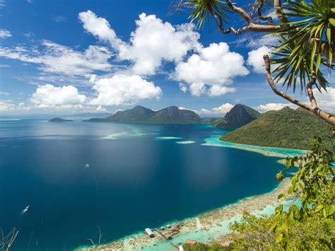 asia malaysia bohey dulang tropics island ocean mountains