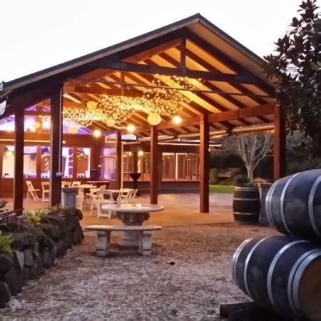 markovina vineyard estate venues  rodney hibiscus