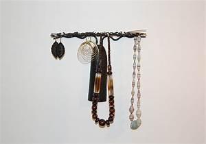 Porte Bijoux Mural : porte bijoux ou arbre porte bijoux lequel adopter deco ethnique ~ Teatrodelosmanantiales.com Idées de Décoration