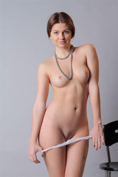 odara nude in 12 photos from met art