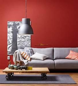 Rotes Sofa Welche Wandfarbe : wand in rot plus sofa in grau bild 7 sch ner wohnen ~ Bigdaddyawards.com Haus und Dekorationen