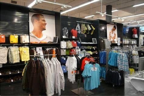 carrefour si鑒e la problématique merchandising des hypermarchés projecteur retail