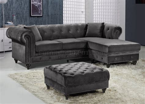 grey velvet sectional sabrina sectional sofa 667 in grey velvet fabric by meridian