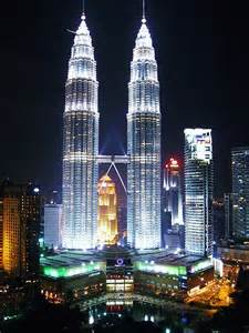 Aspire To Inspire Design: The Petronas Twin Towers