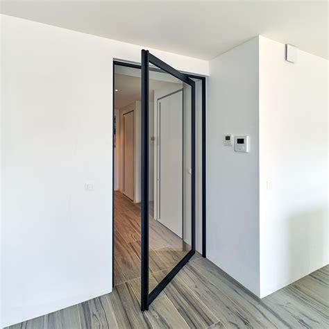 technique de cuisine porte vitrée style atelier en acier moderne anyway doors