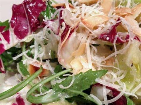 cuisiner les choux de bruxelles recettes de salade aux choux